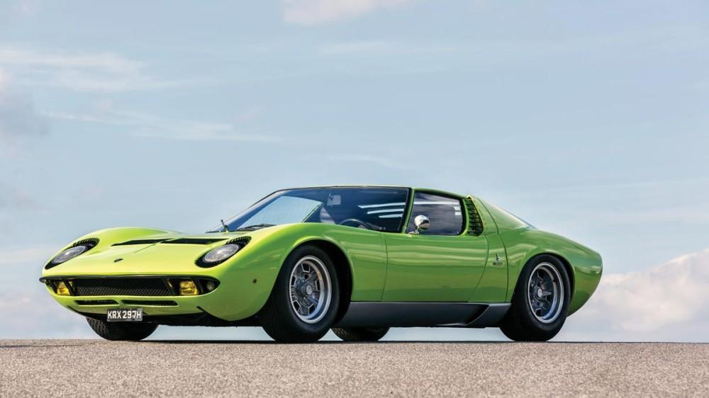 Green 1968 Lamborghini Miura P400 by Bertone