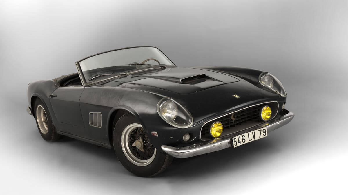1961 Ferrari 250 GT SWB California Spider Front 3/4 view
