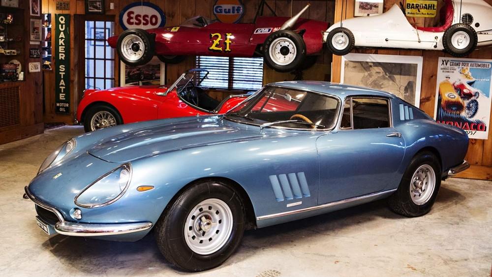 1967 Ferrari 275 GTB/4 with coachwork by Scaglietti