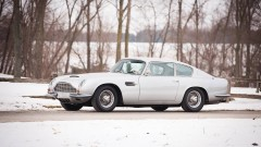 1970 Aston Martin DB6 Mk II  in snow