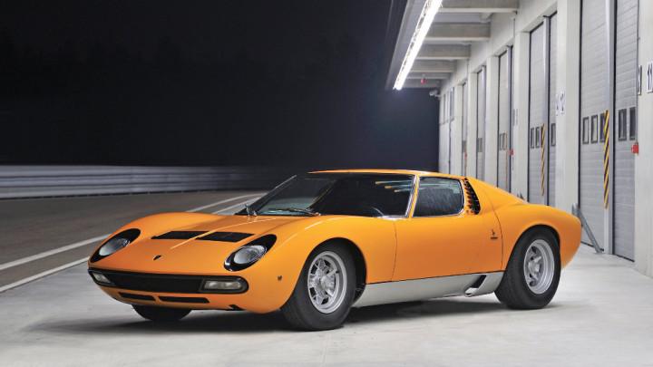 Orange 1972 Lamborghini Miura P400 SV