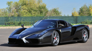 Black 2004 Ferrari Enzo