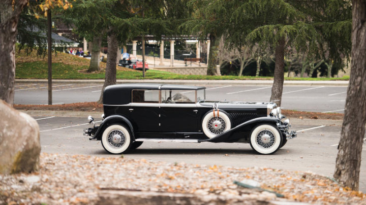 1934 Duesenberg Model J Town Car by Murphy