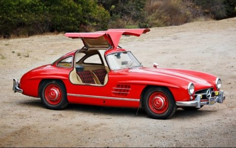 1955 Mercedes-Benz 300 SL Gullwing (Estimate: $900,000-$1,100,000)