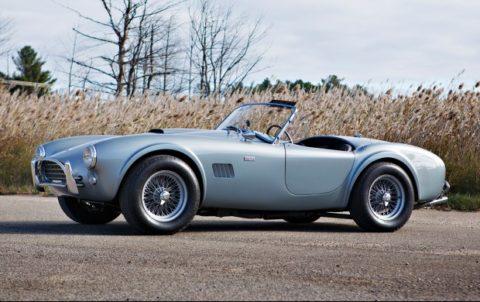 1964 Shelby 289 Cobra (Estimate: $900,000-$1,100,000)