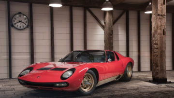 Red 1971 Lamborghini Miura P400 SV by Bertone