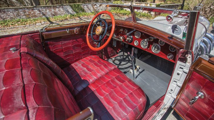 The 1928 Mercedes-Benz 680 S Torpedo-Sport Avant-Garde interior