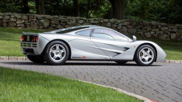 1995 McLaren F1 Side View