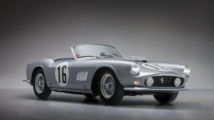 1959 Ferrari 250 GT LWB California Spider Competizione front quarter