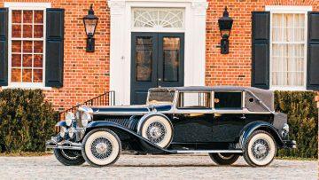 1930 Duesenberg Model J Imperial Cabriolet with bodywork by Hibbard and Darrin, engine J-254, estimate $1,00,000 - $1,400,000