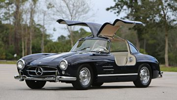 1956 Mercedes Benz 300 SL Gullwing, estimate $1,100,000 - $1,300,000,