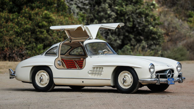 1955 Mercedes-Benz 300 SL Gullwing (Estimate: $1,100,000 – $1,400,000)