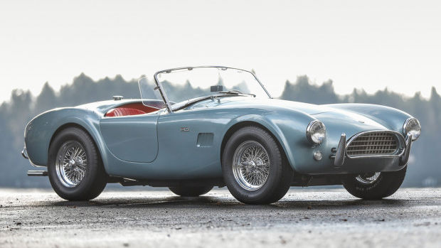 1964 Shelby 289 Cobra (Estimate: $950,000 – $1,100,000), chassis CSX2246
