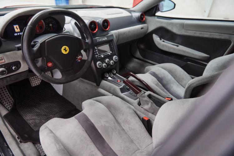 2011 Ferrari SP30 Interior